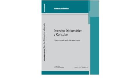 Arredondo- Derecho diplomatico y consular_tapa